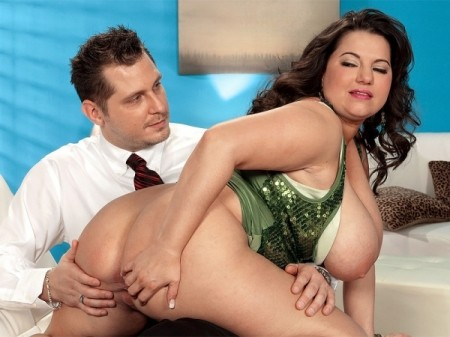 Melonie Max - XXX Big Tits video