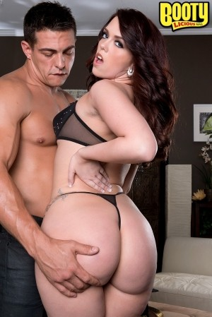 Ryan Smiles - XXX Big Butt photos
