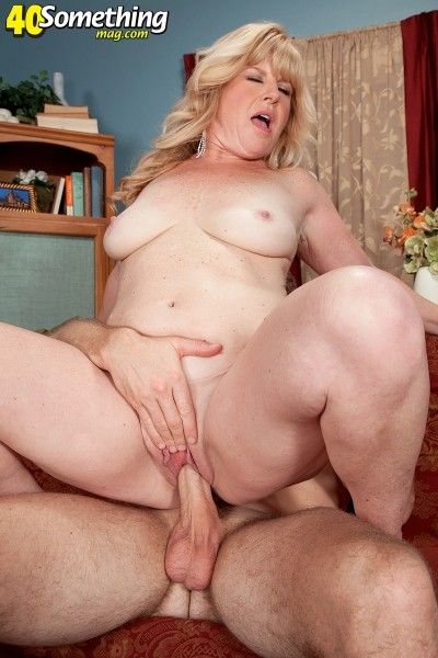Dawn Jilling - XXX MILF photos