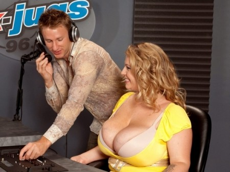 Renee Ross - XXX Big Tits video