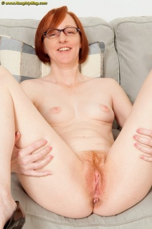 Mature swinger layla redd is sucking a stiff cock 7