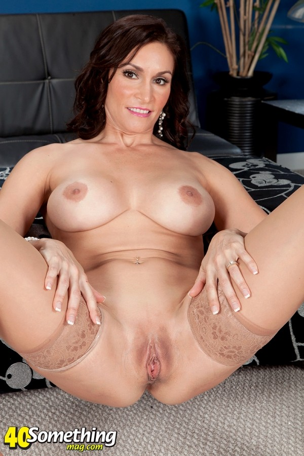 Raven LeChance - Solo MILF photos
