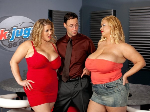 Samantha K-JUGS: Samantha and Renee Threesome