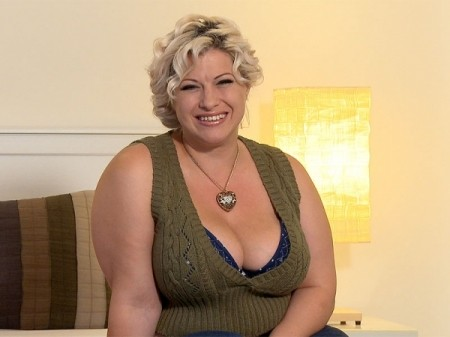 Gina George - Interview BBW video