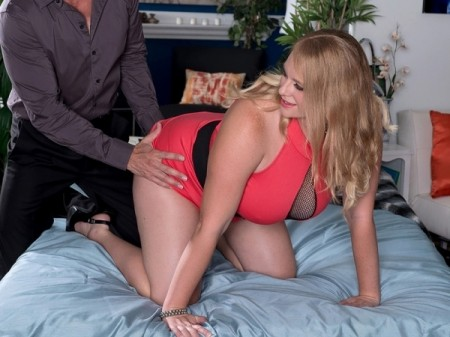 Cameron Skye - XXX Big Tits video