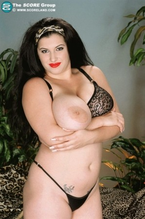 Jezhabelle - Solo Big Tits photos