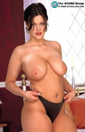 Selina - Solo Big Tits photos