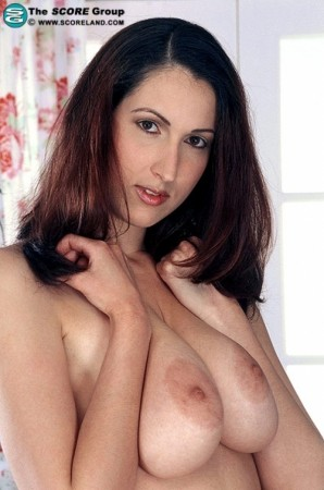 Shani -  Big Tits photos