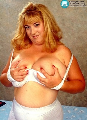 Susan - Solo BBW photos