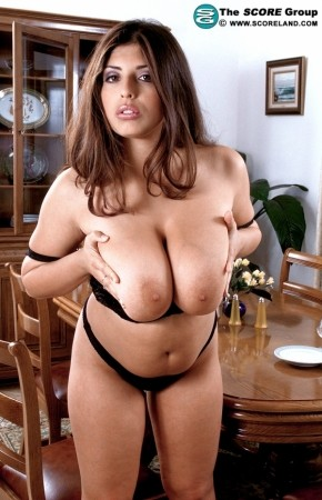 Kerry Marie Voluptuous Dressing Room