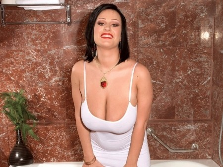 Ivy Darmon - Solo Big Tits video