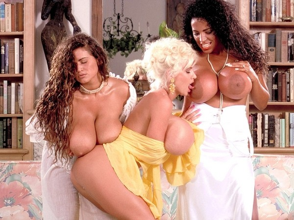 SaRenna Lee Tawny, SaRenna, Lisa and Angelique in the Bahamas, 1994 scoreland2.com