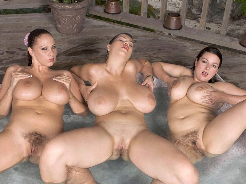 Big Tits In A Hot Tub