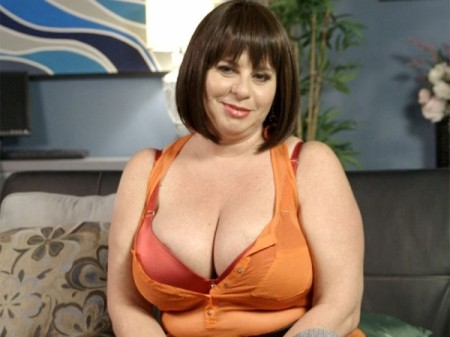 Kris Kelly - Interview BBW video