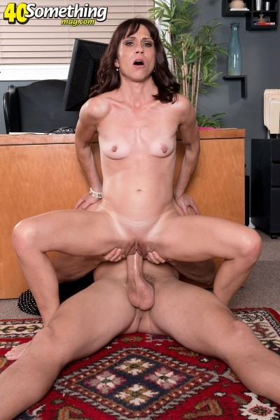 Johnny Champ - XXX MILF photos