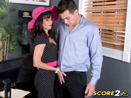 Sage Quest - XXX MILF video