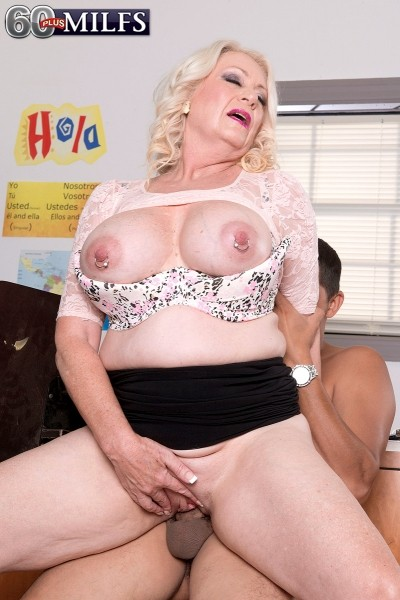 Angelique DuBois - XXX Granny photos