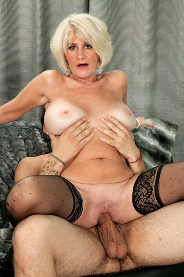 mature milf dating over 50