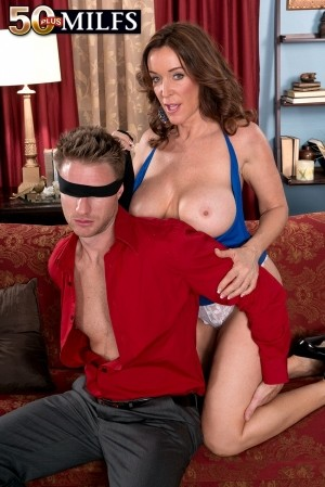 Levi Cash - XXX MILF photos