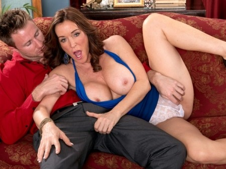 Rachel Steele - XXX MILF video