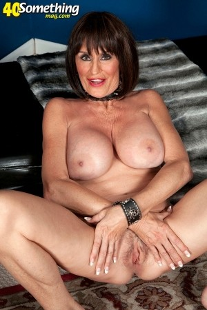Rita Daniels - Solo MILF photos thumb