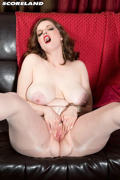Bebe Cooper - Solo Big Tits photos
