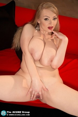 Micky Bells - Solo Big Tits photos thumb