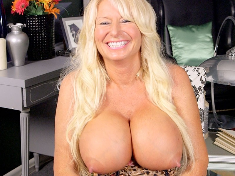 Annellise Croft Getting To Know A Big-Titted, Hard-Nippled MILF
