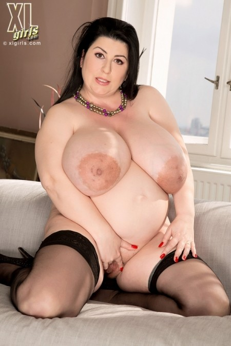 Big woman discharges a lot of wet vapours and marks her blue thong 4