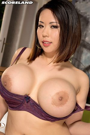 Tigerr Benson - Solo Big Tits photos