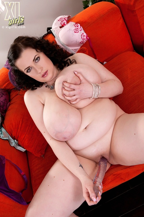 Anna Beck - Solo BBW photos