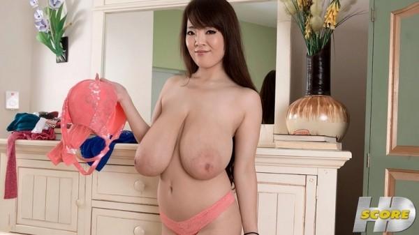 Hitomi Sweater Girl pornmegaload.com