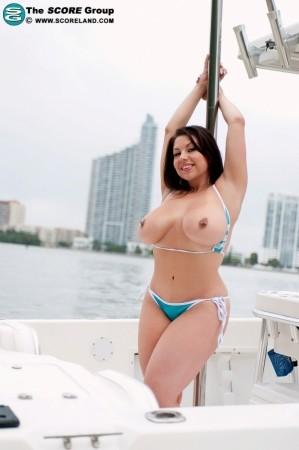 Sheridan Love - Solo Big Tits photos
