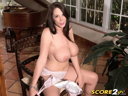 Barbie Kelley - Solo Big Tits video