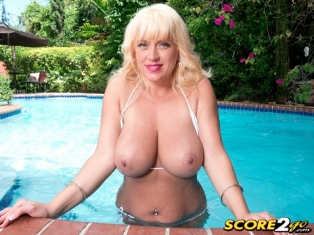 Tori Karsin - Solo Big Tits video