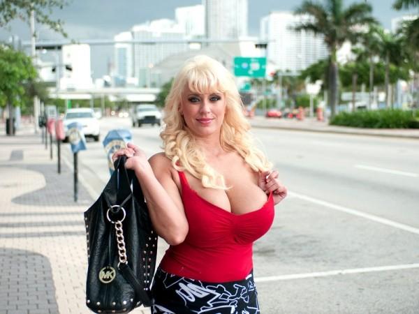 Tori Karsin Bustin' Into Miami