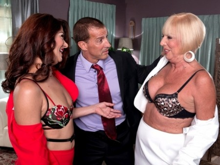 Scarlet Andrews - XXX Granny video