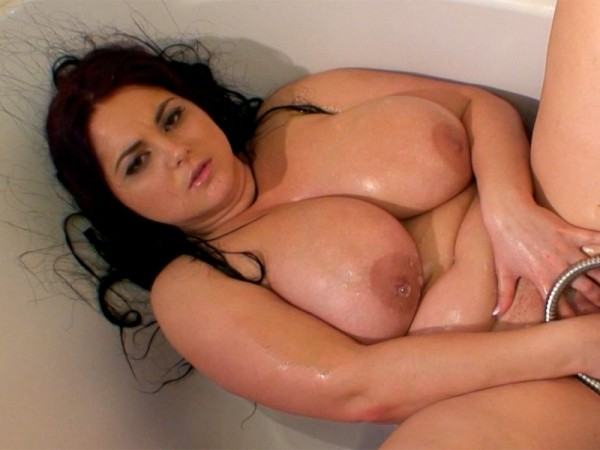 Ann Calis Wet & Sexy