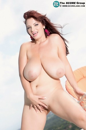 Joana - Solo Big Tits photos thumb