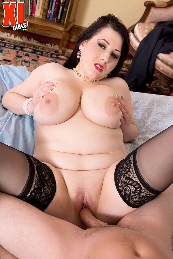 "XL Girls - ""I Can Never Get Enough Sex"" - Kamille Amora (70 Photos)"