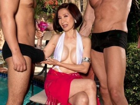 Kim Anh - XXX Granny video