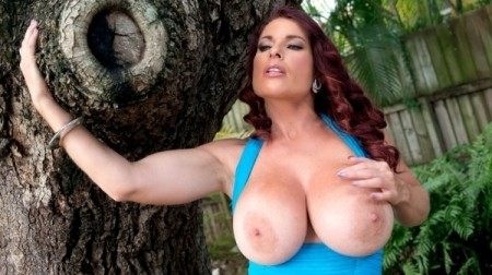 Goldie Blair - Solo Big Tits video