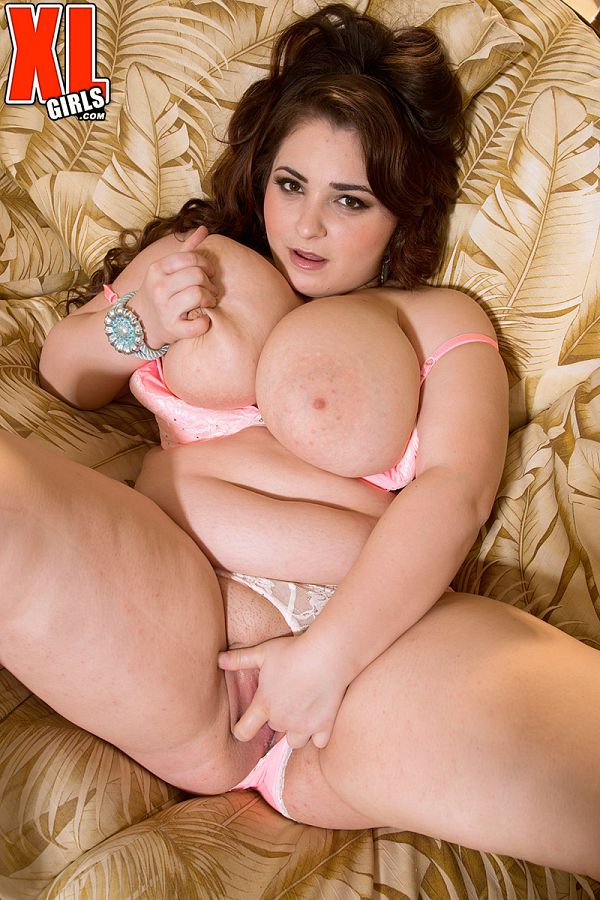 Lavina Dream - Solo BBW photos