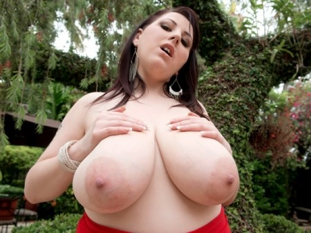 Kamille Amora - Solo Big Tits video
