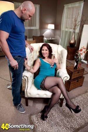 Sabrina Santos Latina stripper MILF takes on big cock