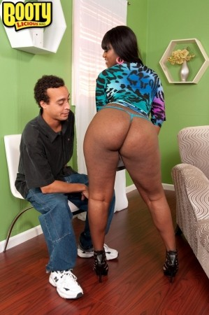 Aaliyah Envy - XXX Big Butt photos