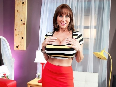 Shelby Gibson - Solo Big Tits video
