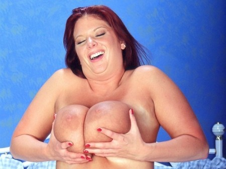 Kat Vixen - XXX Big Tits video