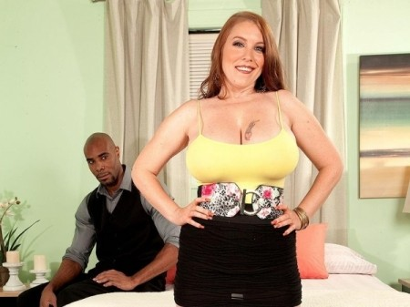 Desiree - XXX Big Tits video