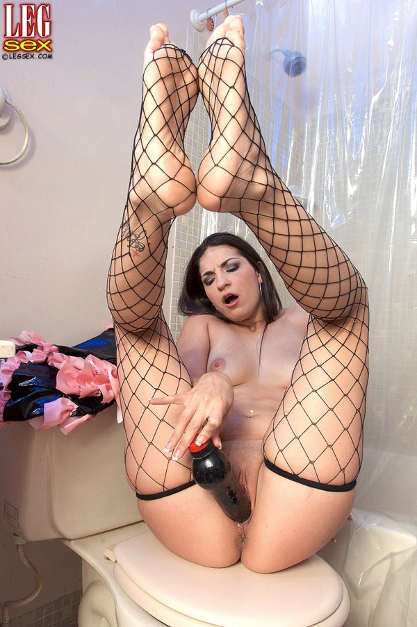 Jewels Jones - Solo Feet photos